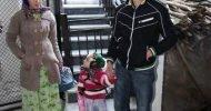 Geleneksel Pomak giysileri giymekte olan bu kız çocuğu hiç okul bitirebilecek mi? En yakın Yunan okulu kilometrelerce uzakta Aynı şey Myki için de geçerli. Onlarda metrelik sürüler halinde otlayan keçi […]