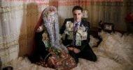 FOTOĞRAF: GUY MARTIN, NATIONAL GEOGRAPHIC Bu fotoğraflar sizi Avrupa'nın Müslümanevliliğine götürüyor. Bulgaristan, Ribnovo'da Pomak olarak ta bilinen Slav Müslümanlarının kış düğünleri iki güne uzanır ve tüm köyü kapsar. SURİYE […]