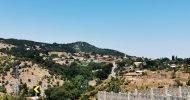 ■ Köyün Pomak nüfusu Balkan Harbi ertesinde topluca Anadolu'ya göçerek Balıkesir'in Kocapınar kasabasına yerleştirilmiştir. SN Kısak Късак köy – Dospat – Smolyan BG kocapınar tanıtım. kocapınar pomak
